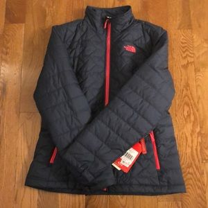 North face Puffer Jacket - Size L